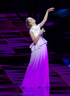 CZECH REPUBLIC: Gabriela Guncikova sings I Stand Image copyright © David Ransted