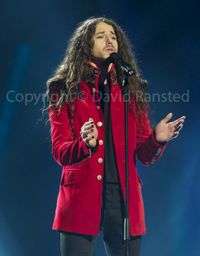 POLAND: Michal Szpak sings Color Of Your Life Image copyright © David Ransted